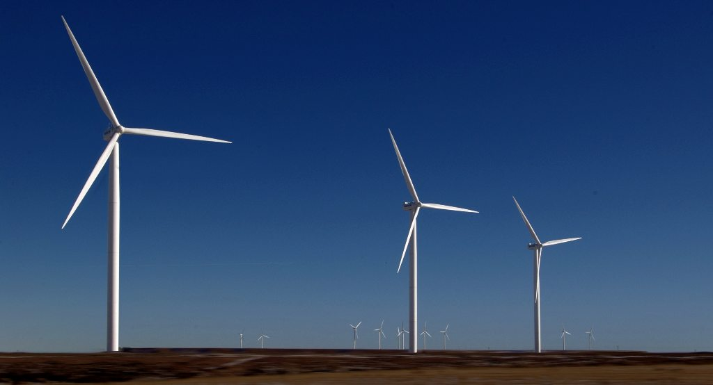 Wind power advantages and disadvantages