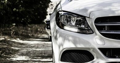 How to repair damaged headlights of your vehicle