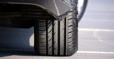 difference between tube and tubeless tyres